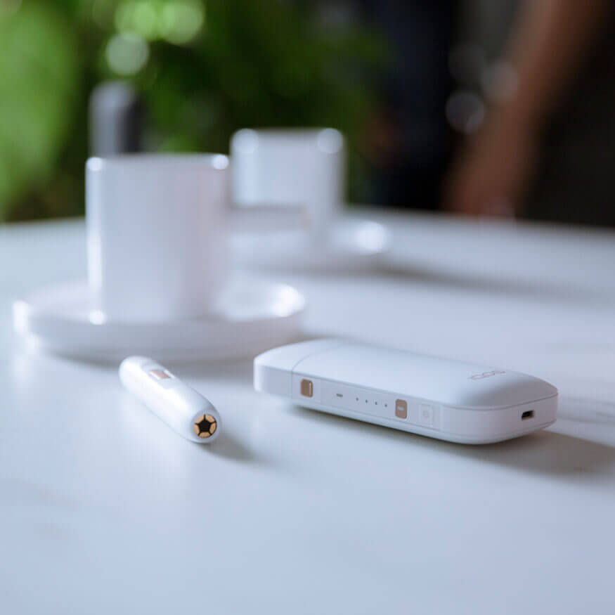 IQOS 2.4 Plus Pocket Charger and Holder in White